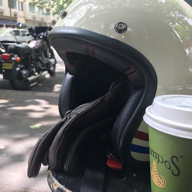 "Refuelling in Macleay Street. Love having a coffee at the ""school desks"". #sydneysidecar #pottspoint #schooldesks"