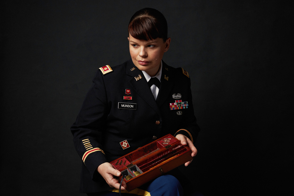 Jenn-McIntyre-Portraits-Military-Women-Public-Affairs-Officer.jpg
