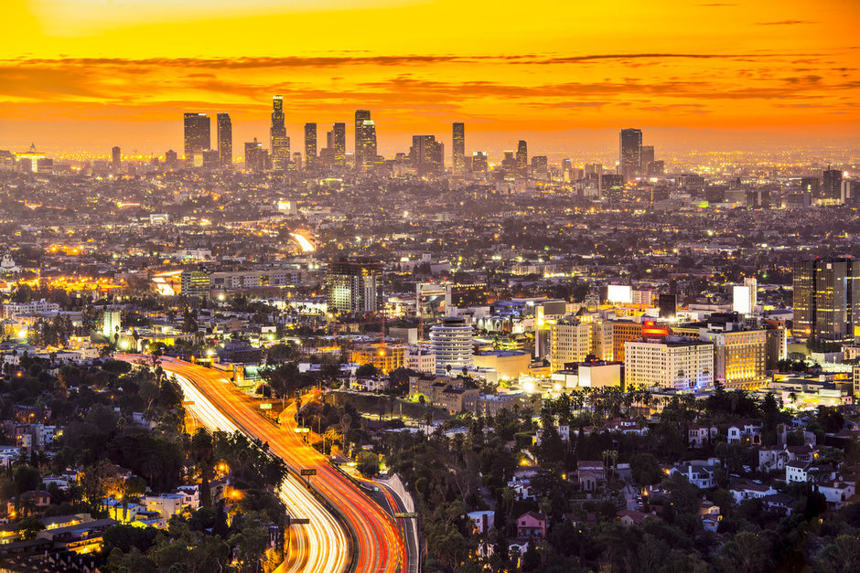 SHUTTERSTOCK_LOS_ANGELES_SKYLINE.jpg