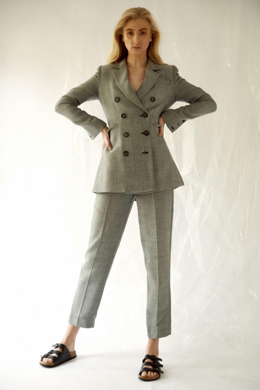 Suit: Camilla & Marc -