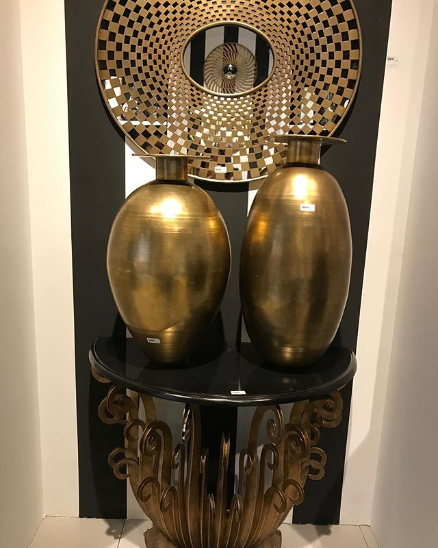 Asian inspiration #desforges#decoration #desforgesdecoration #geneva #genevashopping #luxuryfurniture #furnitureshop #interiordesign #genève #geneveshopping #meublesluxe #تصميم#جنيف#التسوق#زخرفة#أثاث#ترف