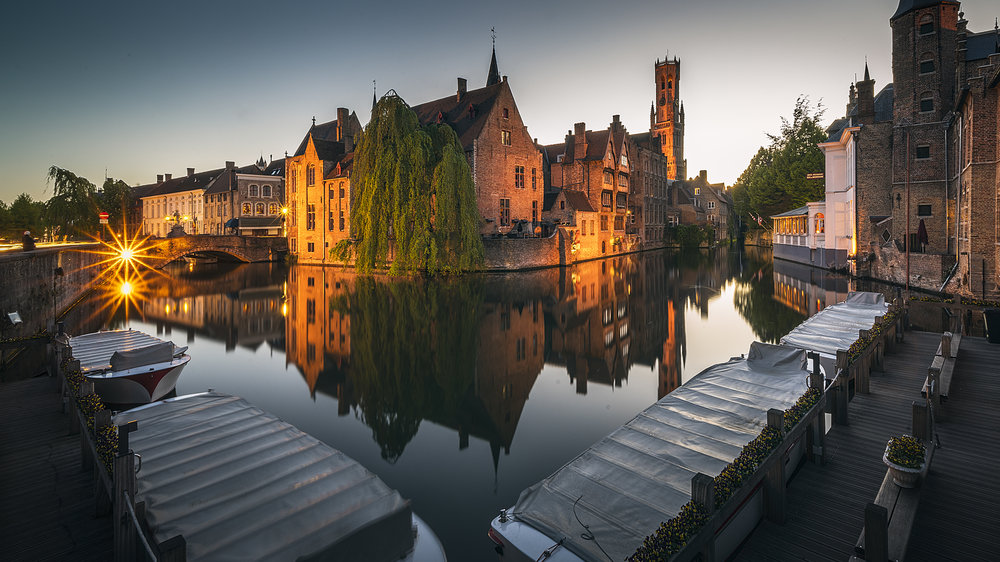 This is the shot everyone takes in Bruges and I was joined here by several other photographers taking a variation on this theme. Sunset was a bust due to a cloudless sky. I will note with this picture I had sampled a few strong local beers and some Flemish stew so was a little wobbly!  12-24 f4 at 12mm, f22, 30 Seconds ISO 50