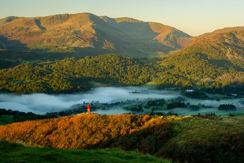 One from the beginning of last morning up Loughrigg Fell. Autumn brings colour and mist to the Lake District, with the fellsides often swathed in the beautiful golden browns of the dying bracken.