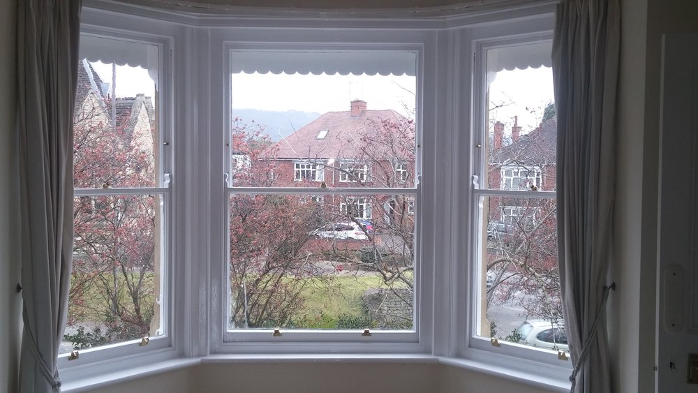 Sash window bay window