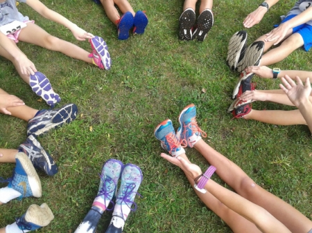 Who Are the Hurricanes? - The Martha's Vineyard Hurricanes Youth Running Club is a non-profit organization dedicated to introducing kids from grades 5-8 to the basics of running for fitness, fun and competition.