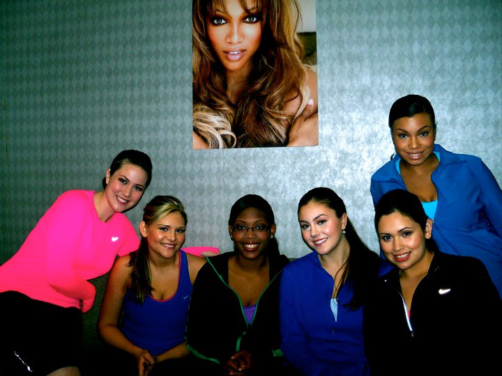 The top 6 contestants! This was just before our first photo shoot in our Nike activewear!