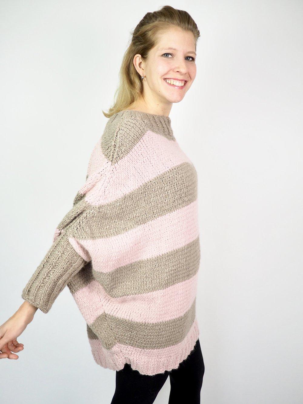 Urban Poncho stricken, ein Mix aus Poncho und Pullover für Anfänger geeignet