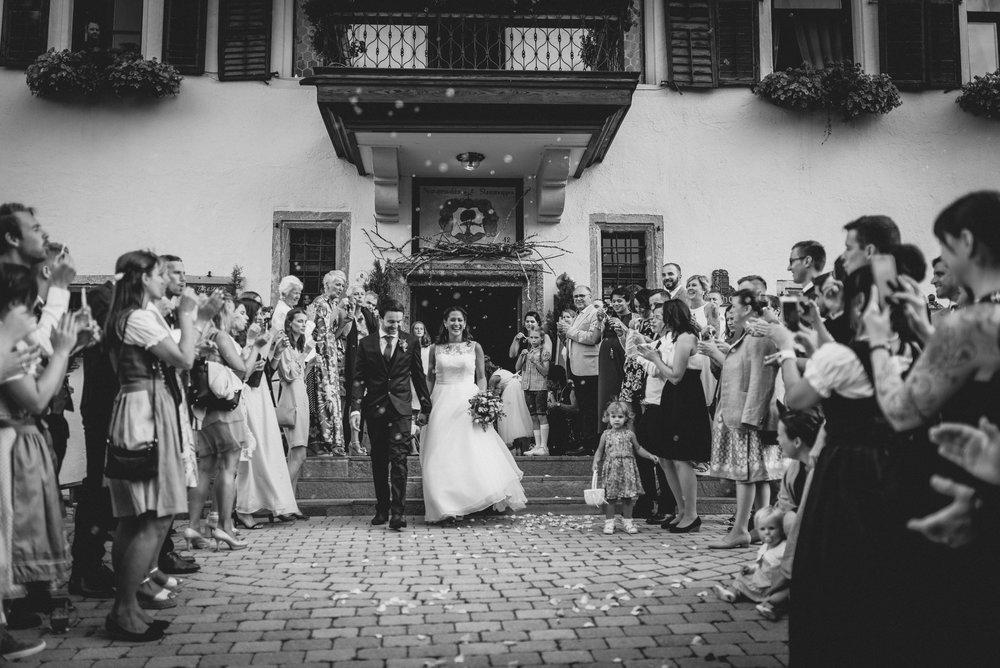 Schloss Kammer_Hochzeit_Maishofen_MissFrecklesPhotography (51 von 92).jpg