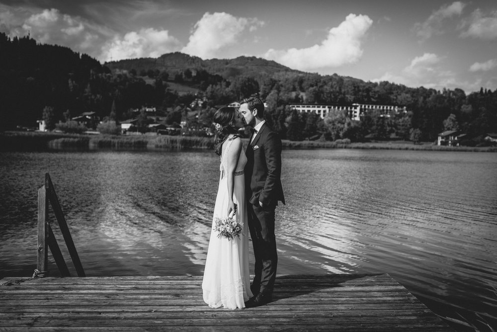 Seehochzeit-Goldegg-MissFecklesPhotography (28 von 50).jpg