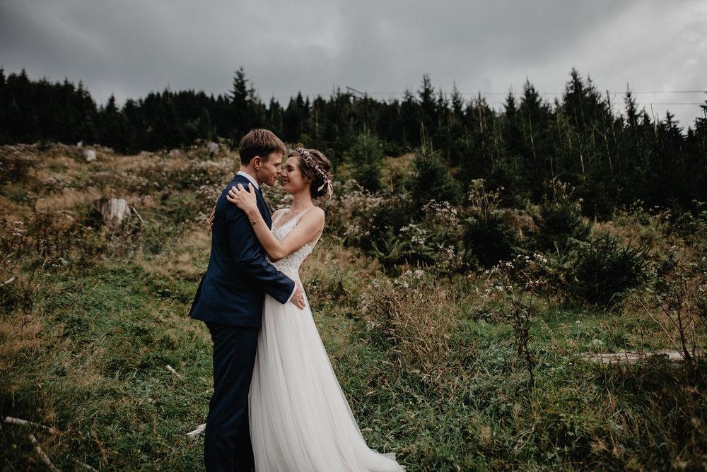 Kanadische-Destinationwedding-Berghochzeit-Dienten-MissFrecklesPhotography (56 von 96).jpg