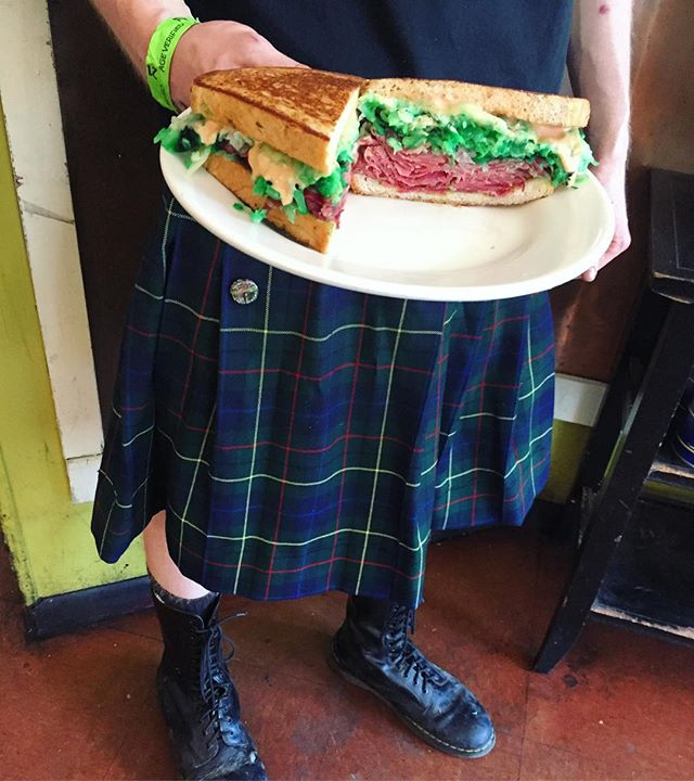 Happy Saint Patrick's day! Come in and request a green Rueben ☘️ #food #austin #texas #foodporn #atx #rueben #sandwiches #deli #restaurant #eat #hungry #green #saintpatricksday #kilt #neworldeli