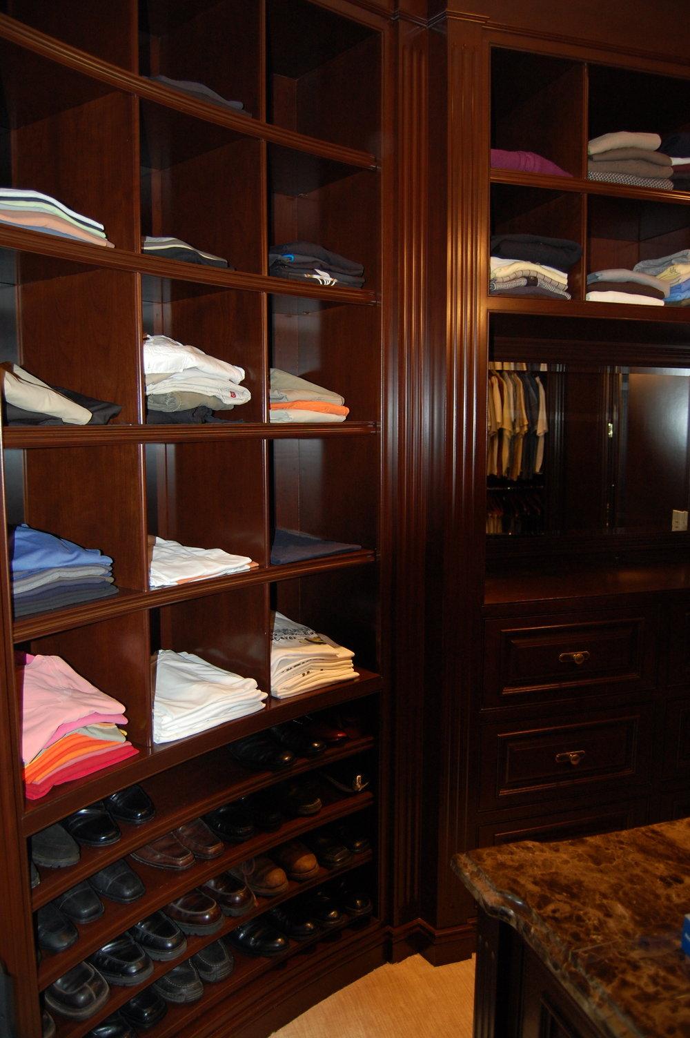 Closet2h.JPG