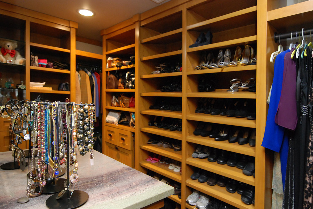 Closets1b.jpg