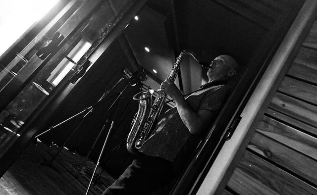 @leodale - lying back, laying down some luscious licks. . . #oxocubans #wefostudios #wefo #recording #studio #studiorecording #saxophone #blackandwhite #perspective