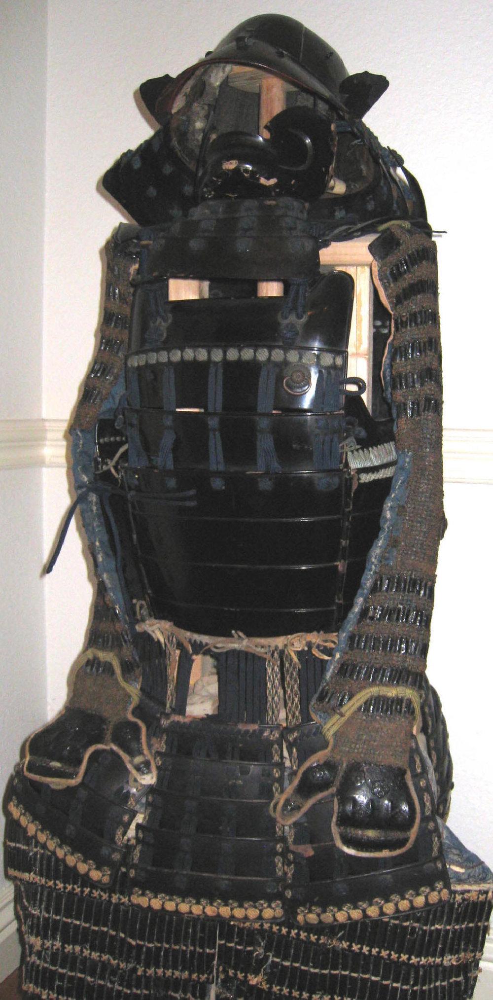 ARMOR 01 B.jpg