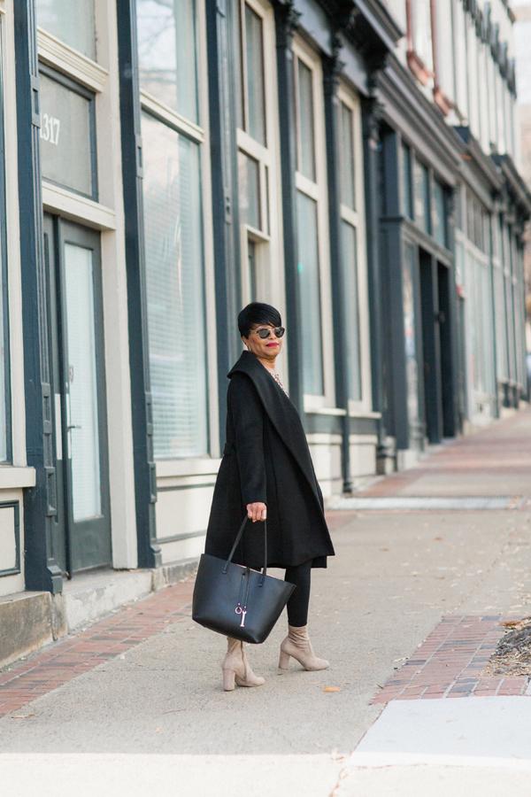 black-wrap-coat-black-leggi.jpg