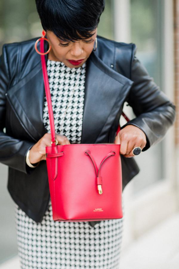 red-lipstick-red-handbag.jpg