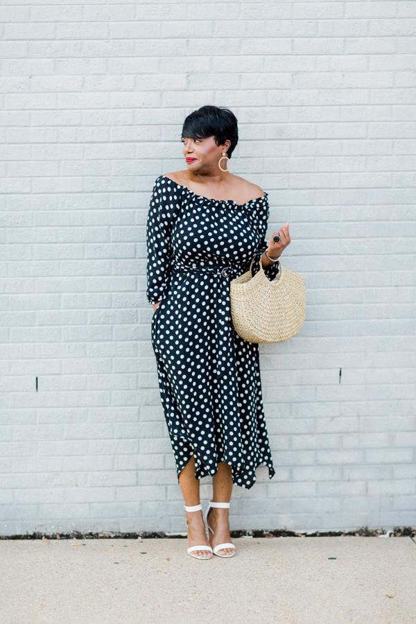 polka-dot-dress-white-heel.jpg