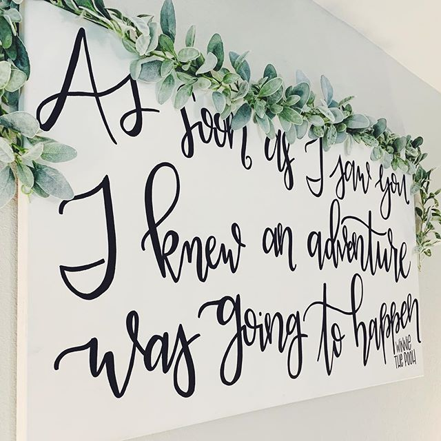 Progress is so amazing to me. I made this about 2 years ago and sometimes I cringe when I look at it 😅 but it really just reminds me of where I started and helps me appreciate where I'm at now. It's not my favorite, but it's special. So it's still above our bed 🖤 . . . . . . #moderncalligraphy #typography #houstoncalligrapher #creativeentrepreneuer #modernlettering #canvasart #greenery #letteringfam #oldpiece #progresspic #decoratedinteriors #calligrapher