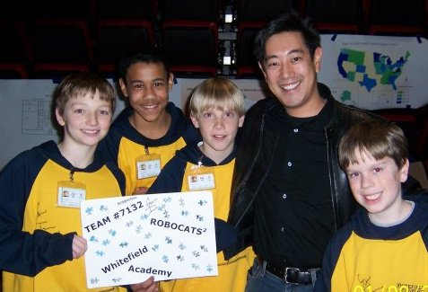 "On the farthest right is Paul Goodyear along with his middle school robotics team. They are posing with Grant Imahara from ""MythBusters"" after winning the Kentucky FLL Championship."