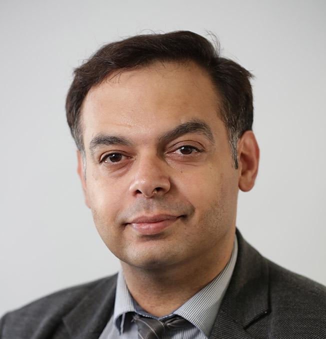 Dr Behrooz Kasraee, MD Dermatology. Expert in Skin Pigmentation.
