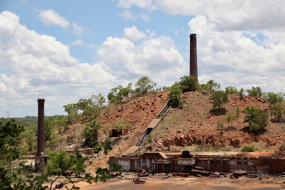 Between 1901 and 1943 the Chillagoe Smelters produced 60,000 tons of copper, 50,000 tons of lead, 6,500,000 ounces of silver, and 175,000 ounces of gold. Despite this, the smelters were unprofitable.