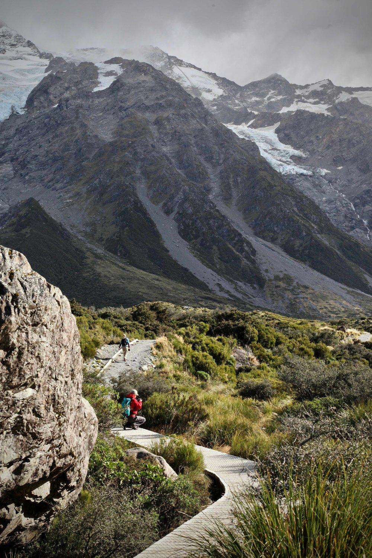 hiking-hooker-valley.jpg