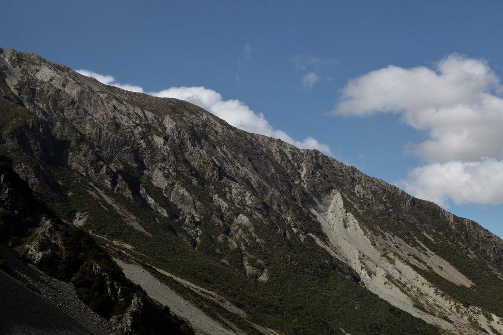 hooker-valley-track-view.jpg