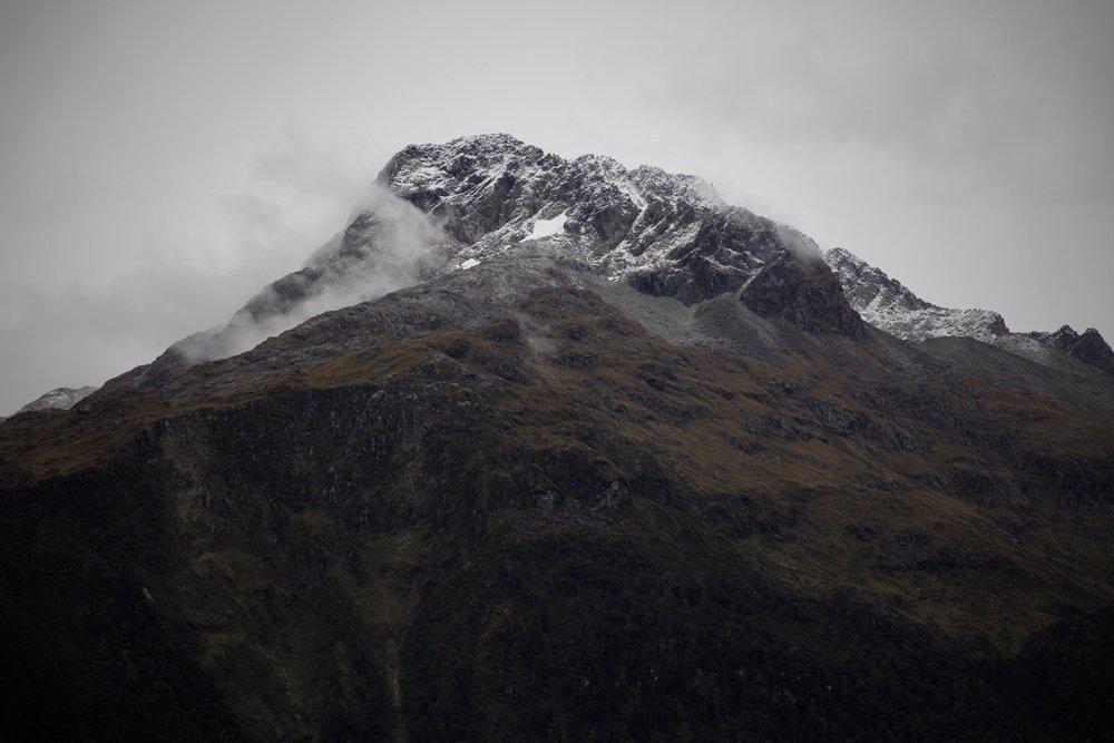 view-from-key-summit-track-fiordland.jpg