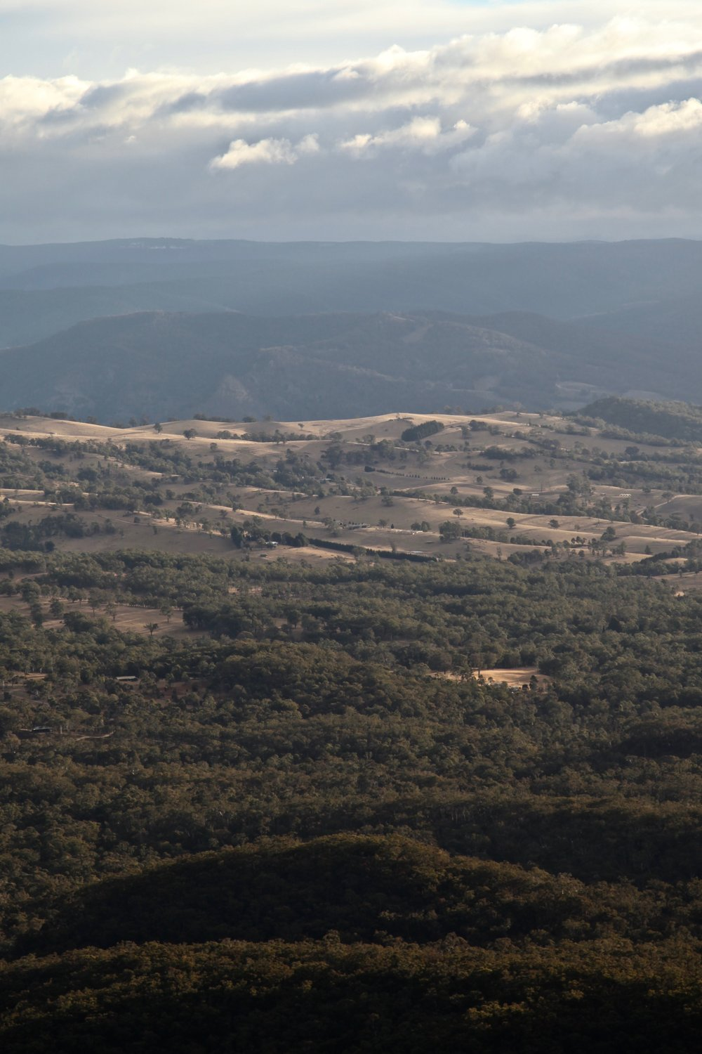 view-from-cahills-lookout-katoomba.jpg