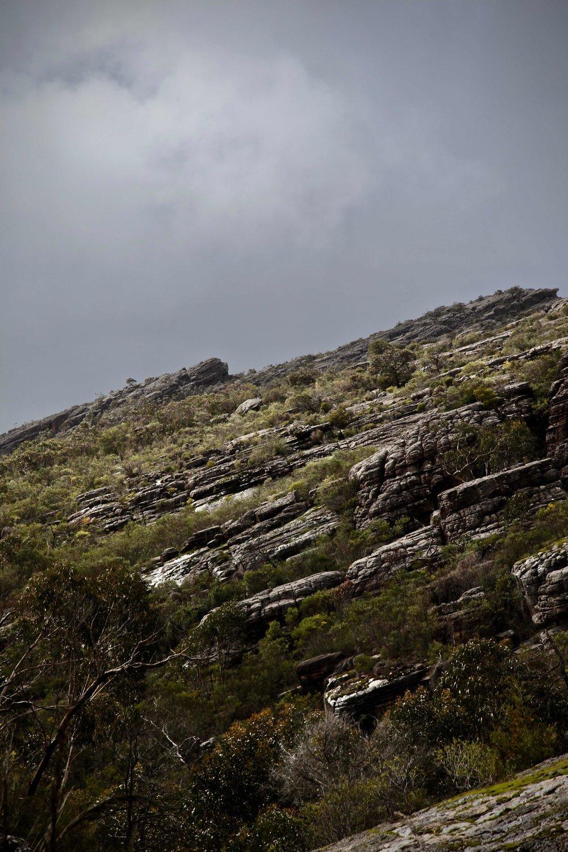 grampians-hike-afternoon-light.jpg