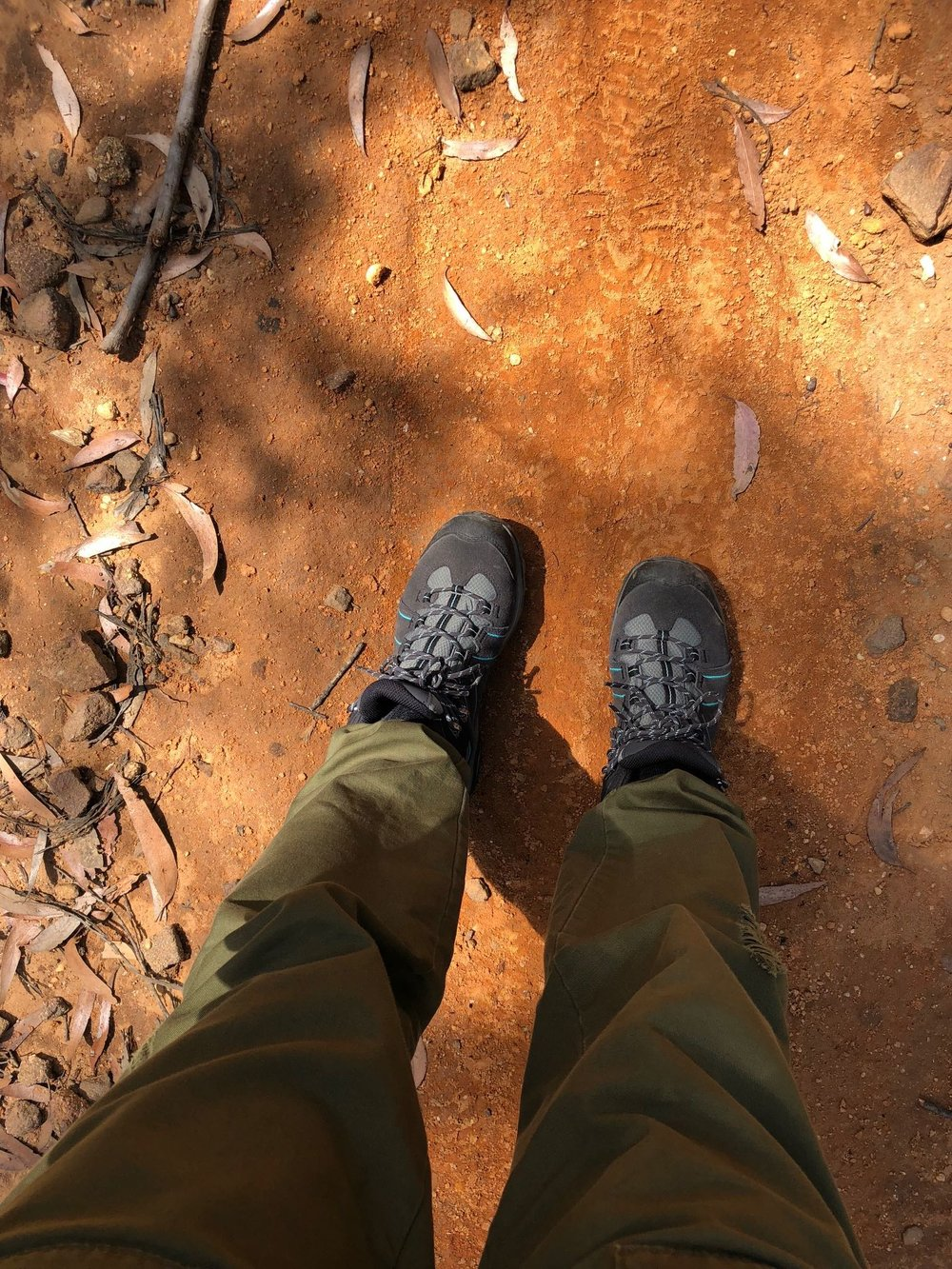 hiking-boots-red-dirt.jpg