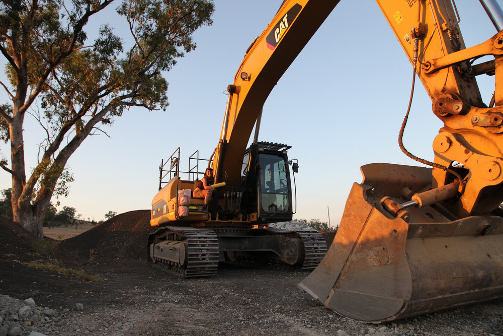 This lock-on action stopped a day of tree-clearing and construction work along a proposed rail corridor from the existing railway line at Boggabri into the Leard State Forest where Whitehaven plan to develop the Maules Creek Project.