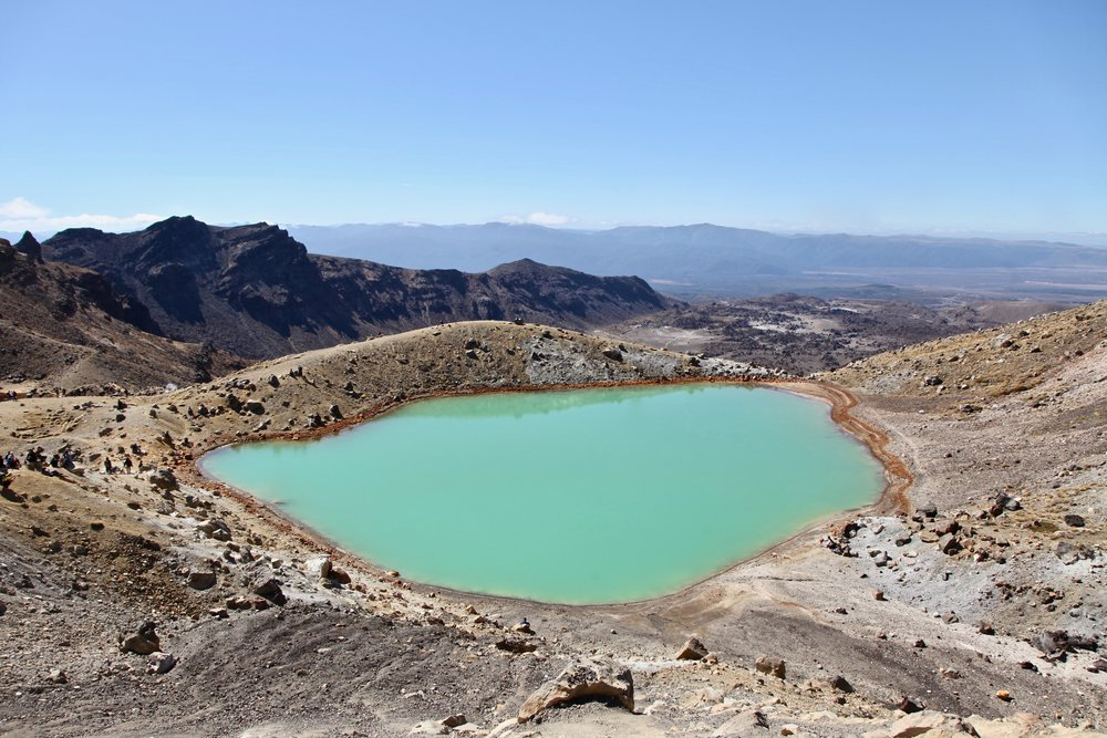tongariro-volcanic-emerald-lakes.jpg