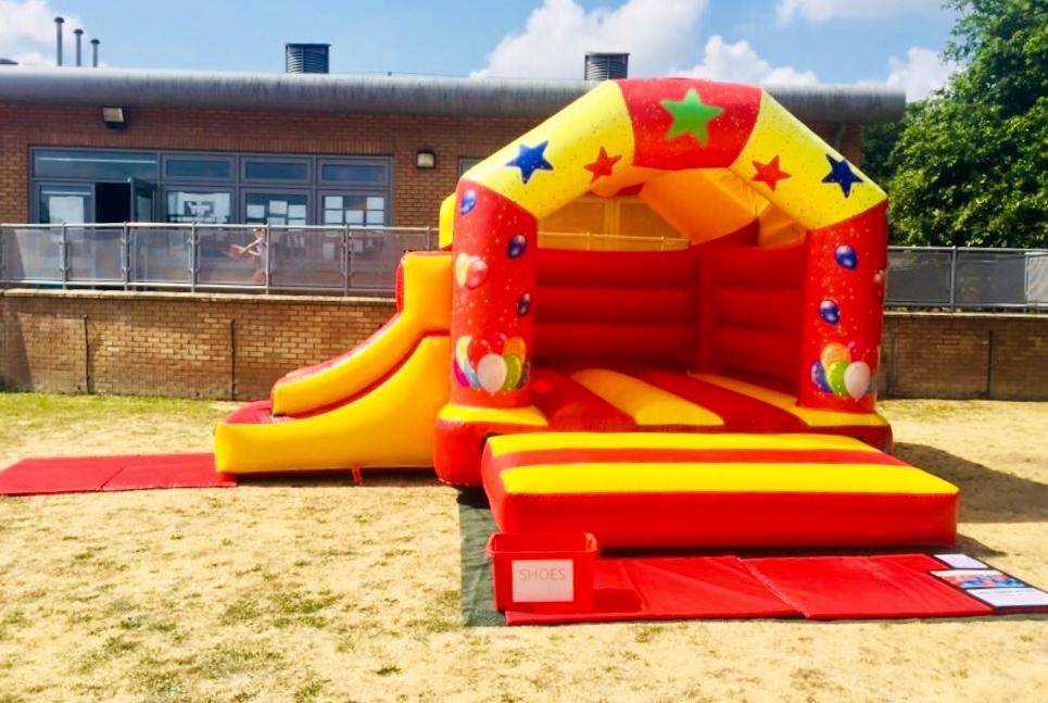 bouncy_with_slide2.jpeg