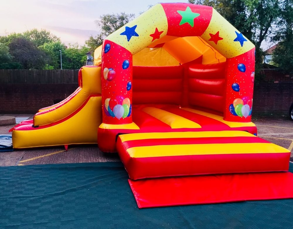bouncy_with_slide1_small.jpeg