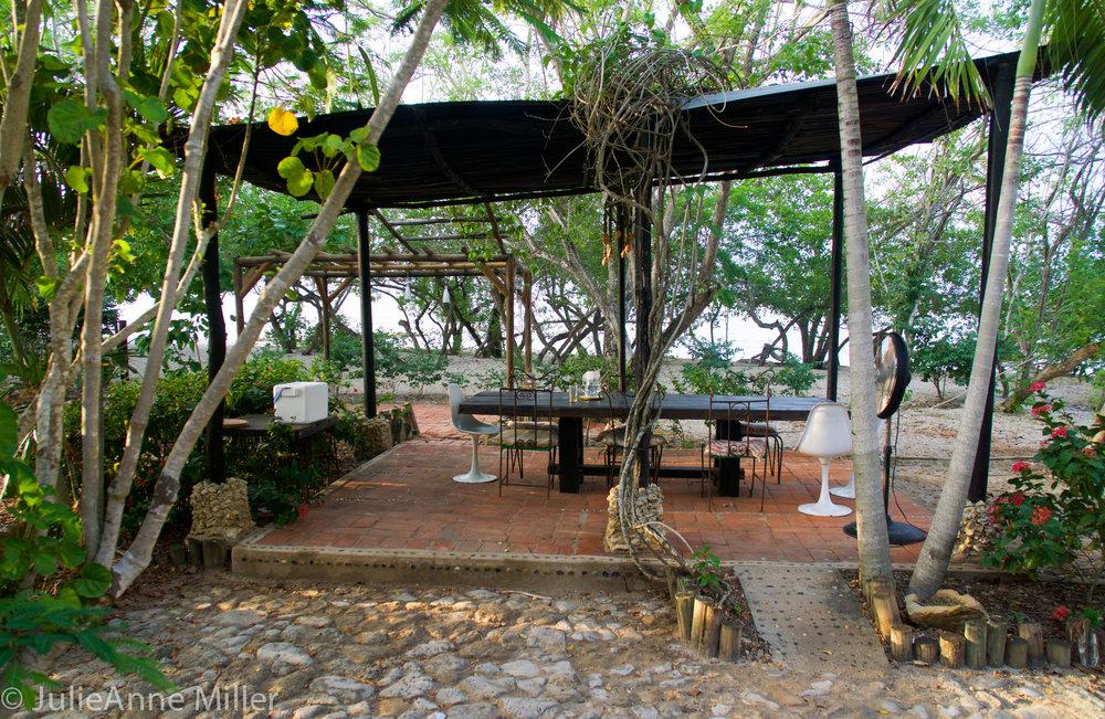hotel maglares dining area.jpg
