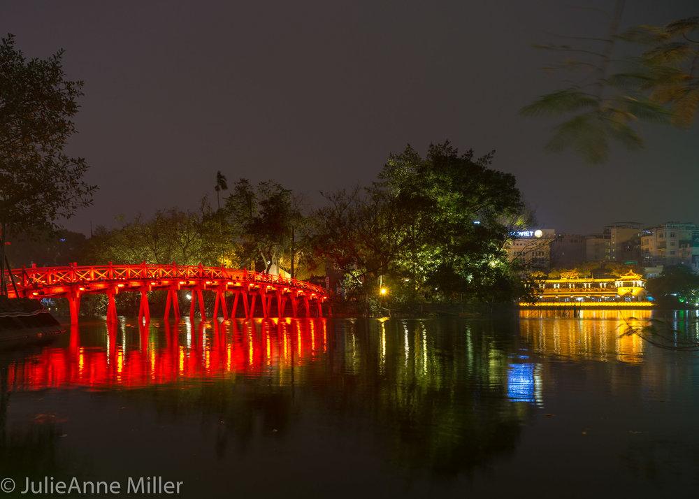 Hanoi-2-2.jpg