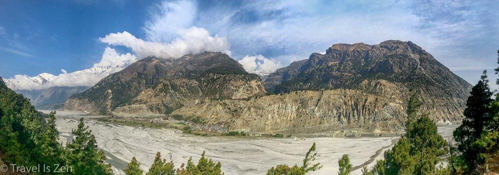Overlooking Tukuche across Kali Gandaki