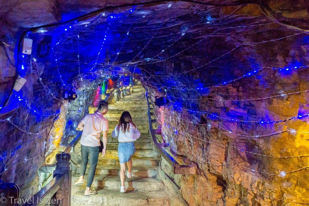 Jiuxiang Cave-18.jpg