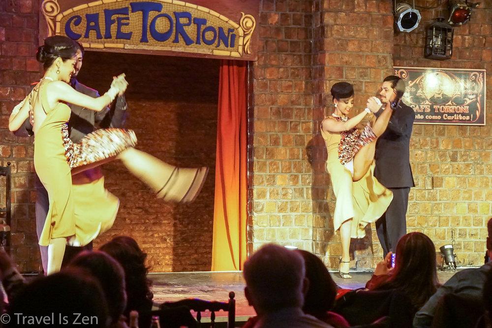 Tango show, Cafe Tortoni