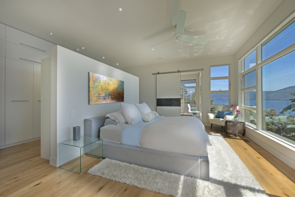 13-master bedroom - Copy.jpg