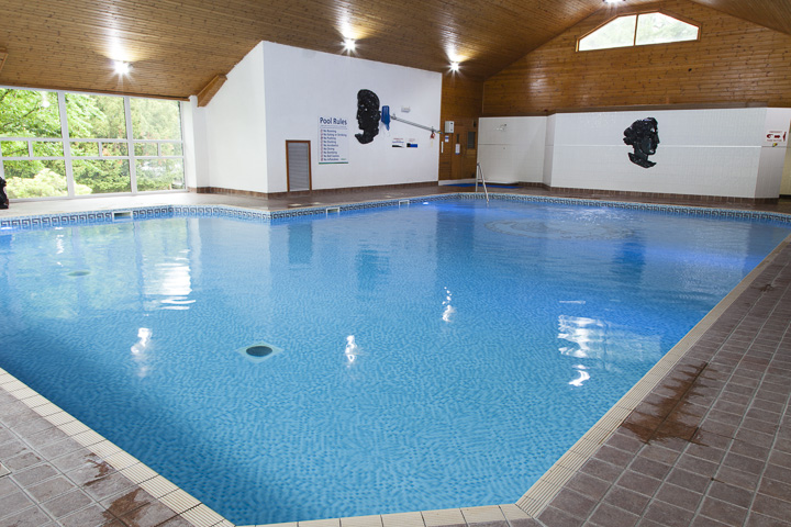Pool, sauna and steam room on-site