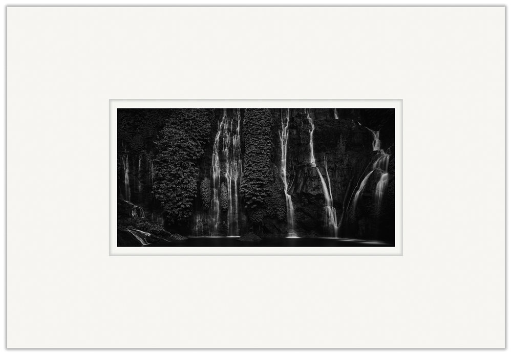 Cascade   20cm x 40cm Photo Paper Limited Edition of 99   IDR 599,000