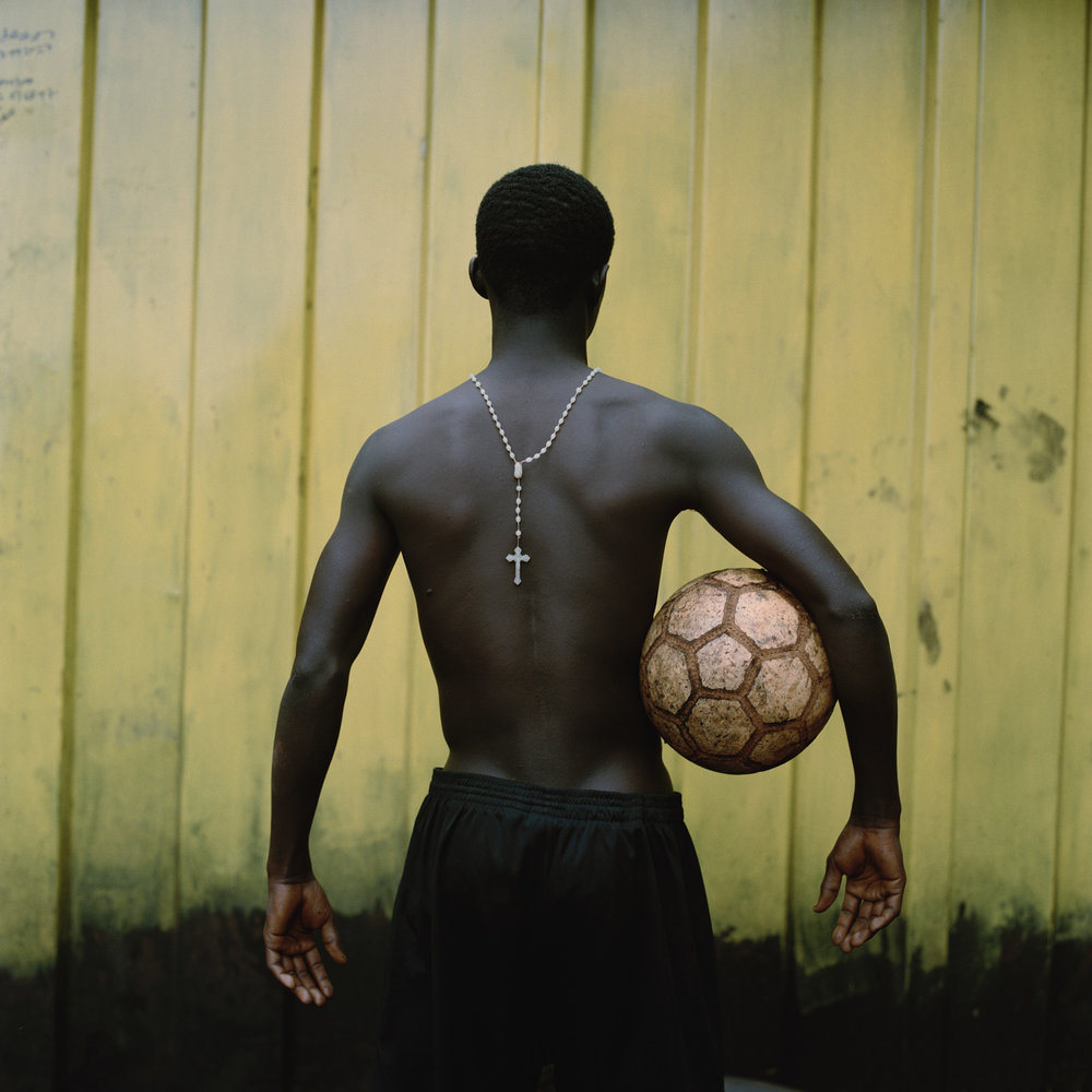 21.god_football.jpg