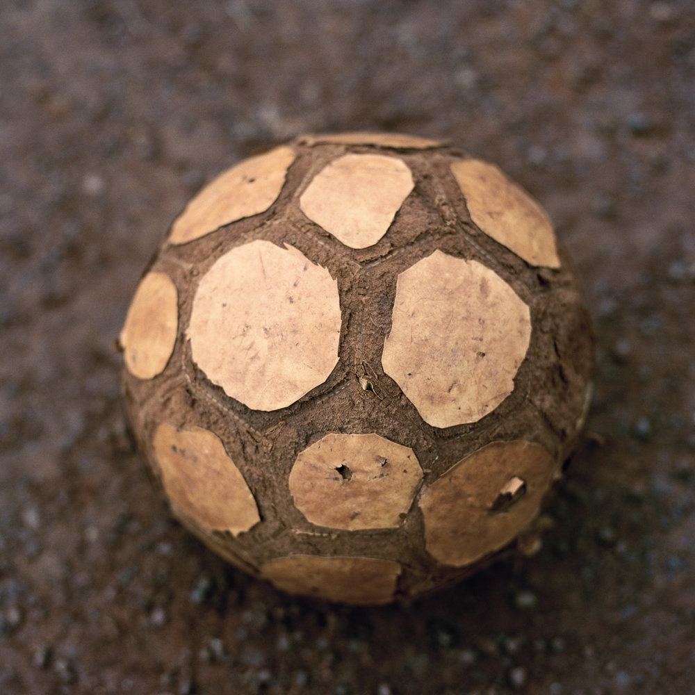 22.sani_old_ballSani's old ball.jpg