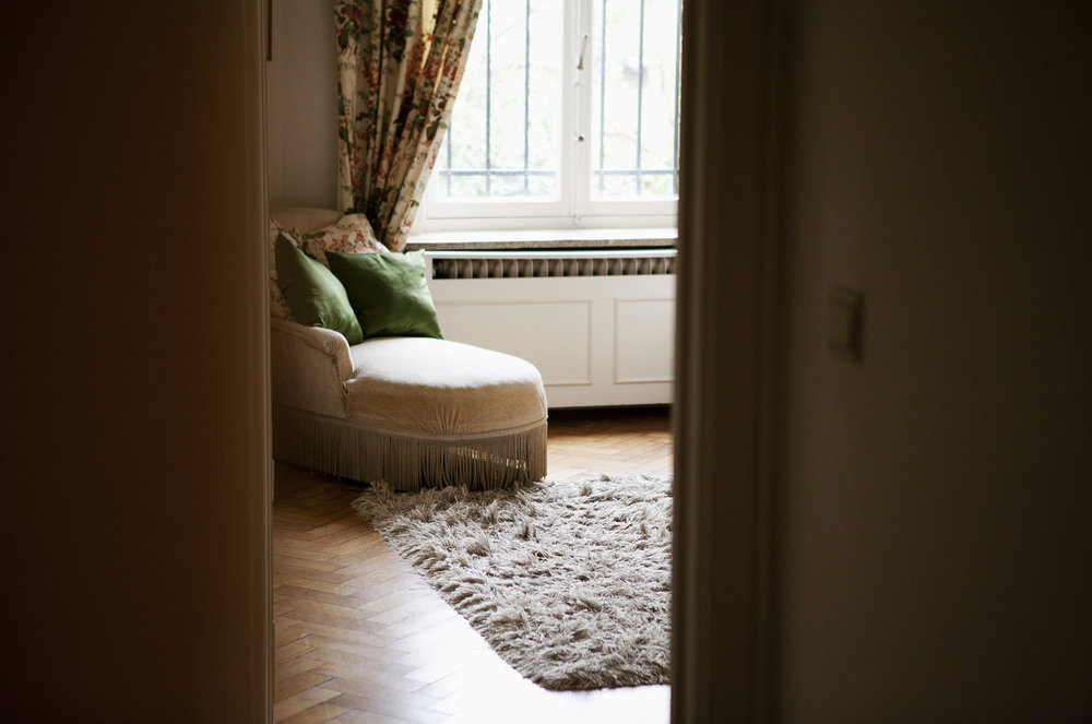 5.eric_room.jpg