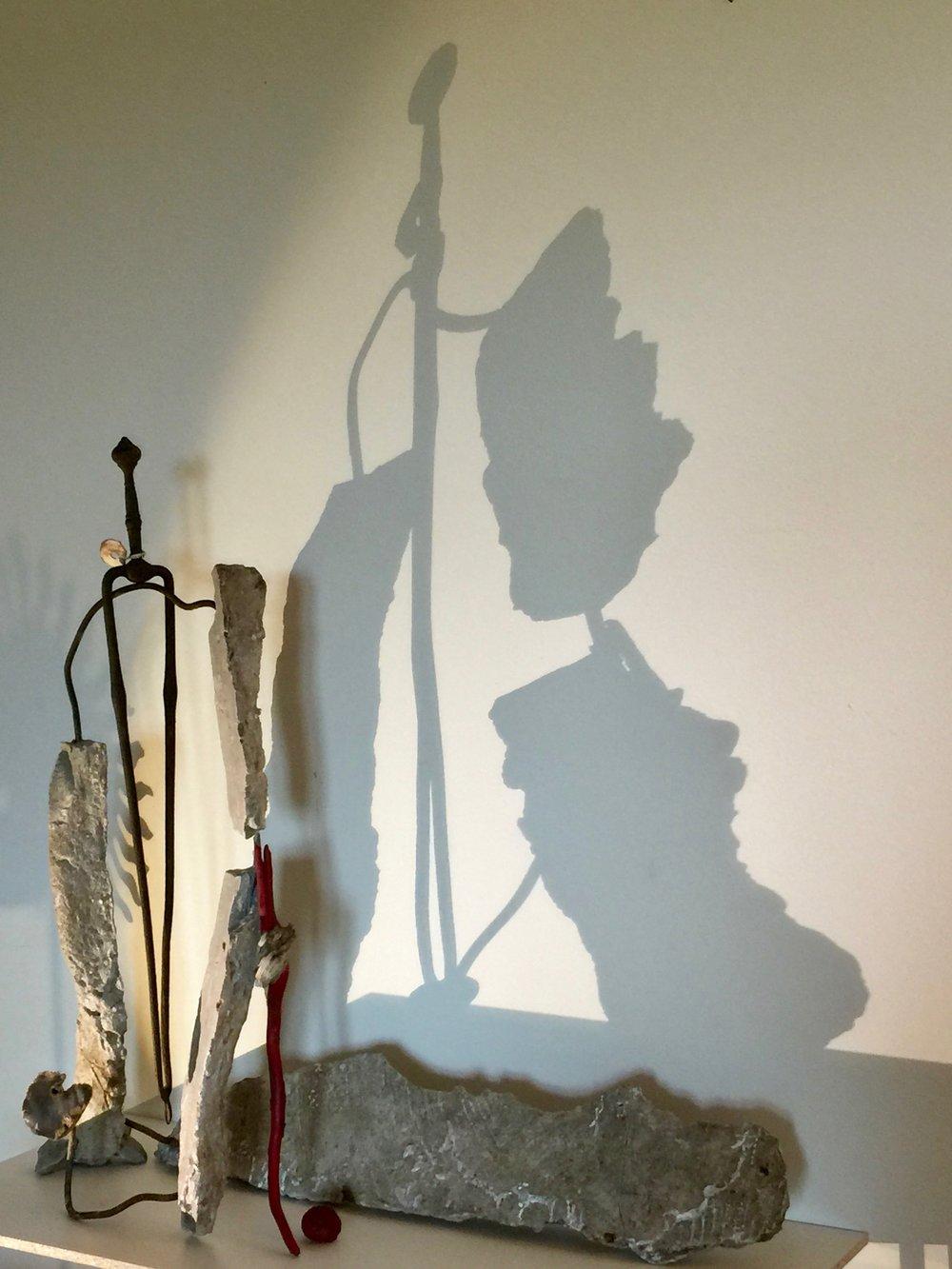 Betonskulptur mit Schatten (2017)