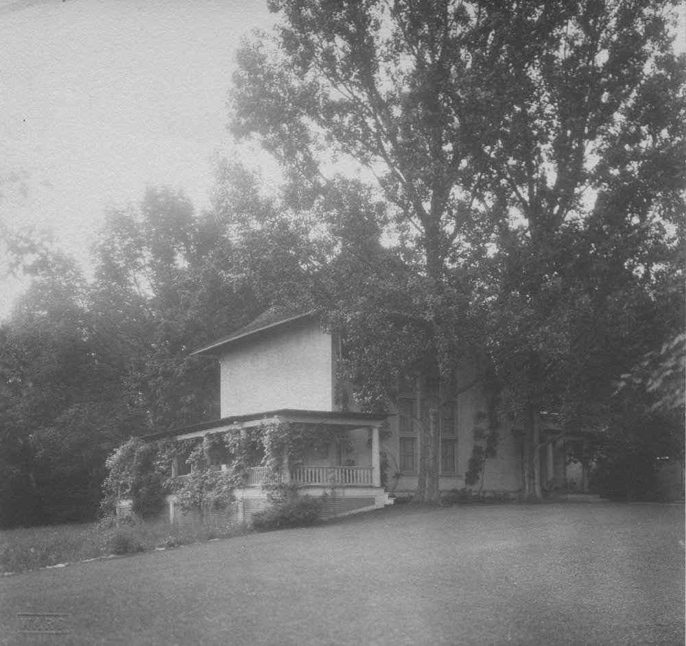 NAN72.4.1 Studio Exterior early 1920s.jpg