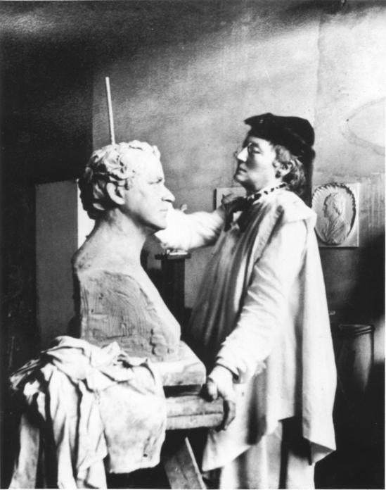 Elisabet Ney in her studio at  Formosa , Courtesy Elisabet Ney Museum